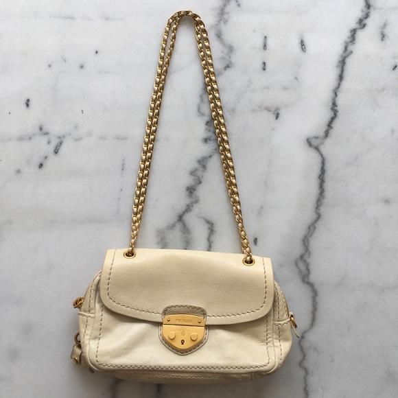 Authentic Prada bag. M 5b16a666d6dc5247b411aa22 4071895223678